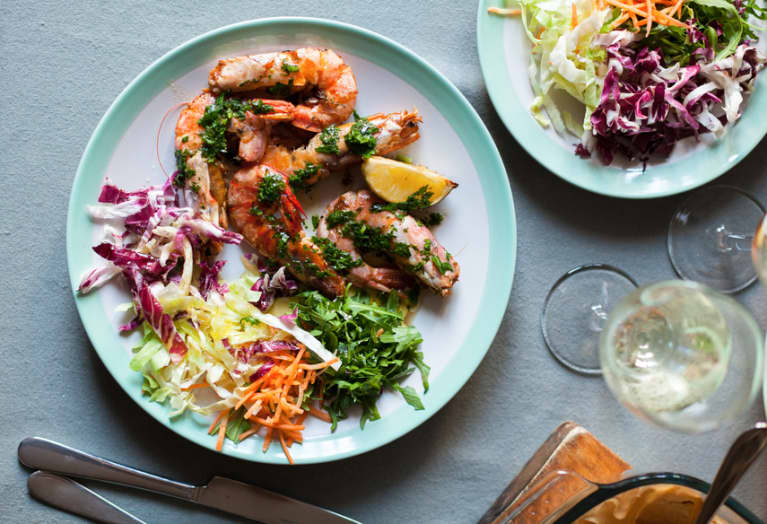 The Ultimate Guide To Eating Healthy At Any Restaurant, Anywhere