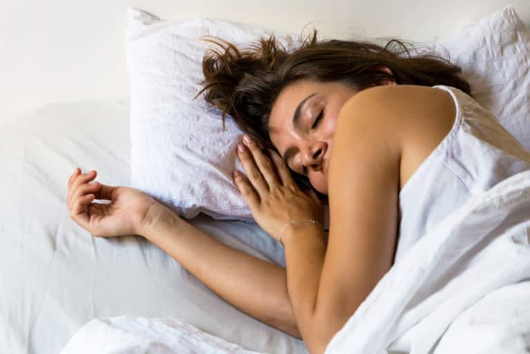 A Blood Sugar Crash + 4 Other Reasons You're Waking Up In The Middle Of The Night