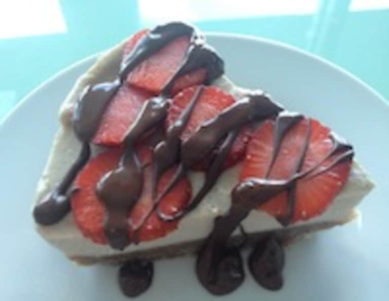 Valentine's Day Dessert Idea: Raw Banana Cream Pie