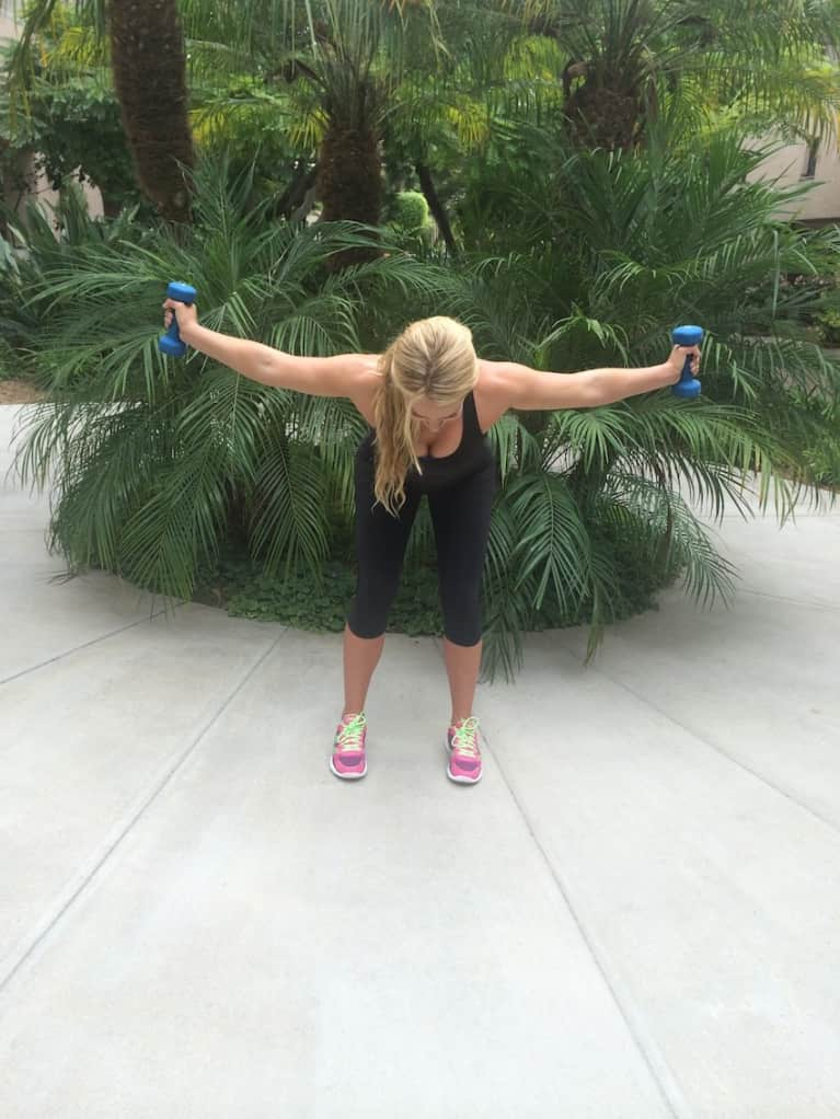 Train Like A Tennis Star! 5 Exercises To Strengthen Your Arms & Core