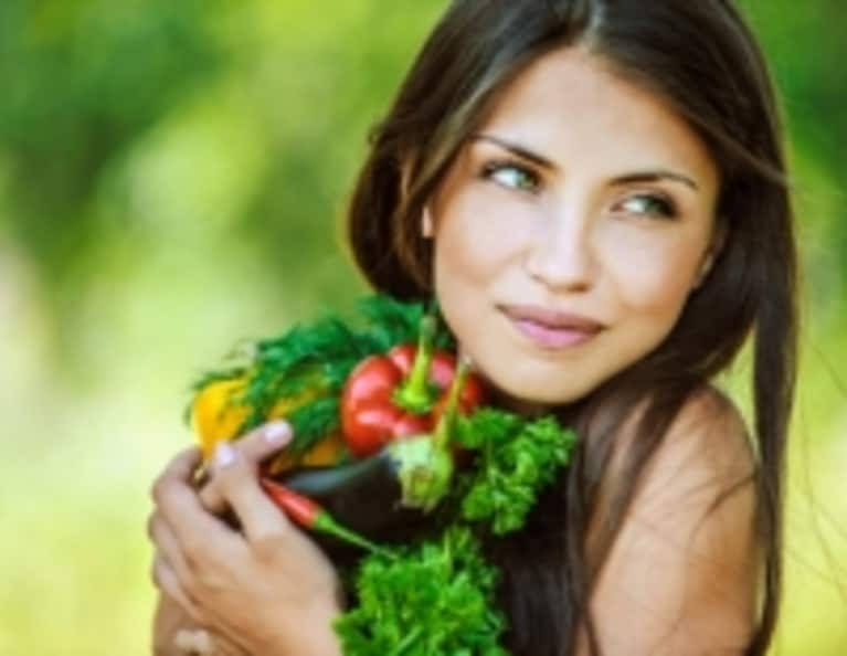 5 Myths About Vegans & Weight Loss