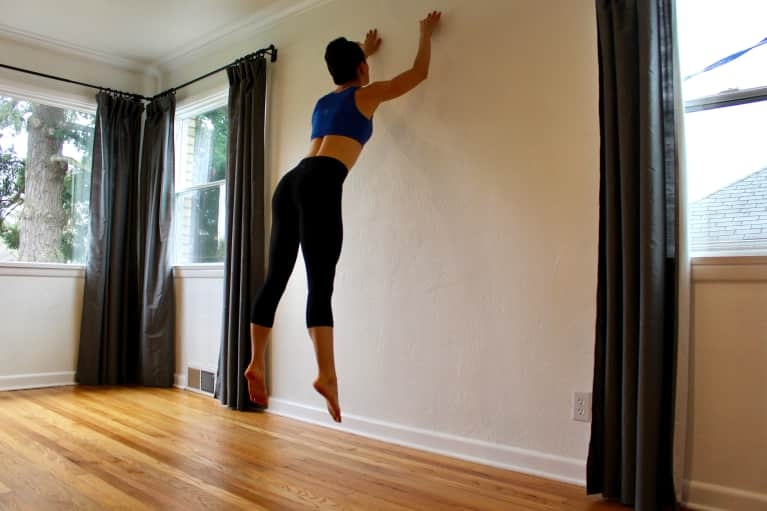 7 Invigorating Wall Exercises That'll Tone Your Entire Body