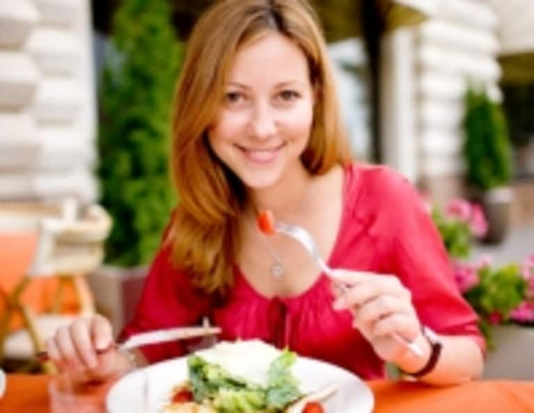 5 Steps to Staying Slim & Sexy While Eating Out