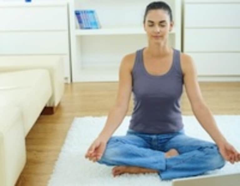 10 Easy Ways to Love Your Home Yoga Practice