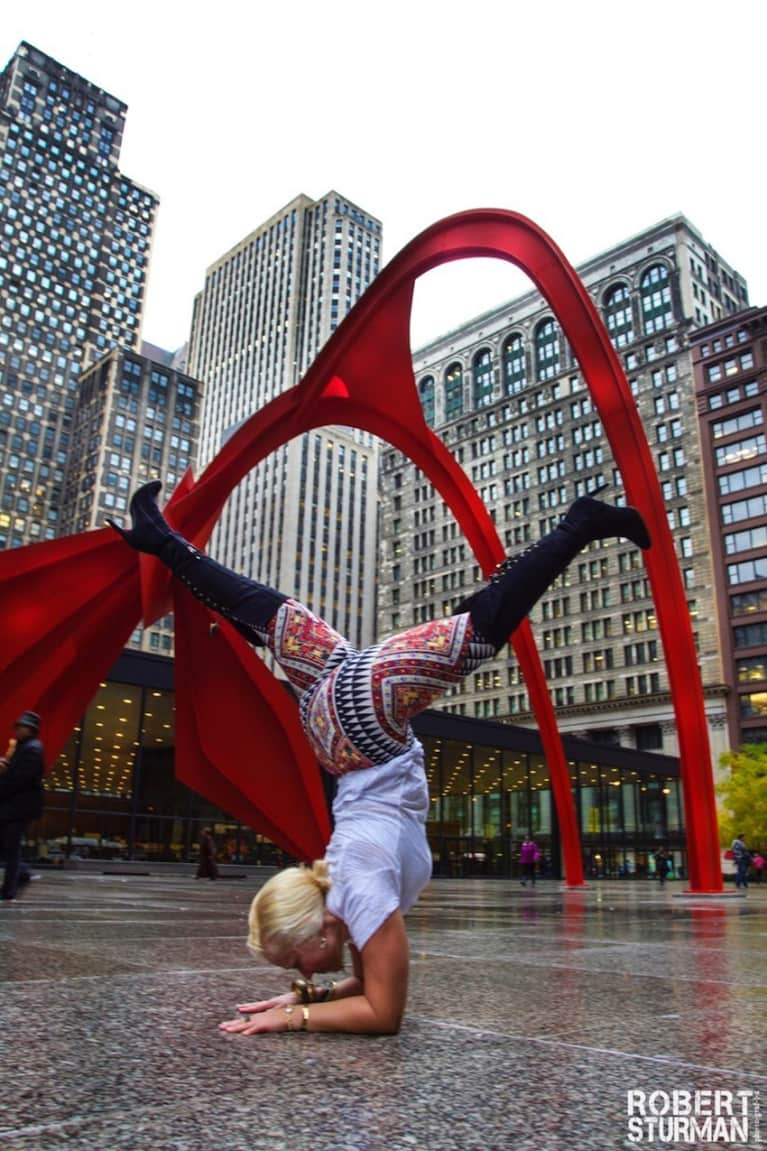 Yoga In Chicago: 18 Photos From The Windy City