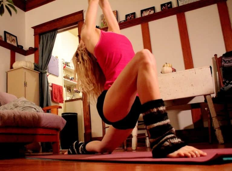 10-Minute Yoga Sequence For Relaxation