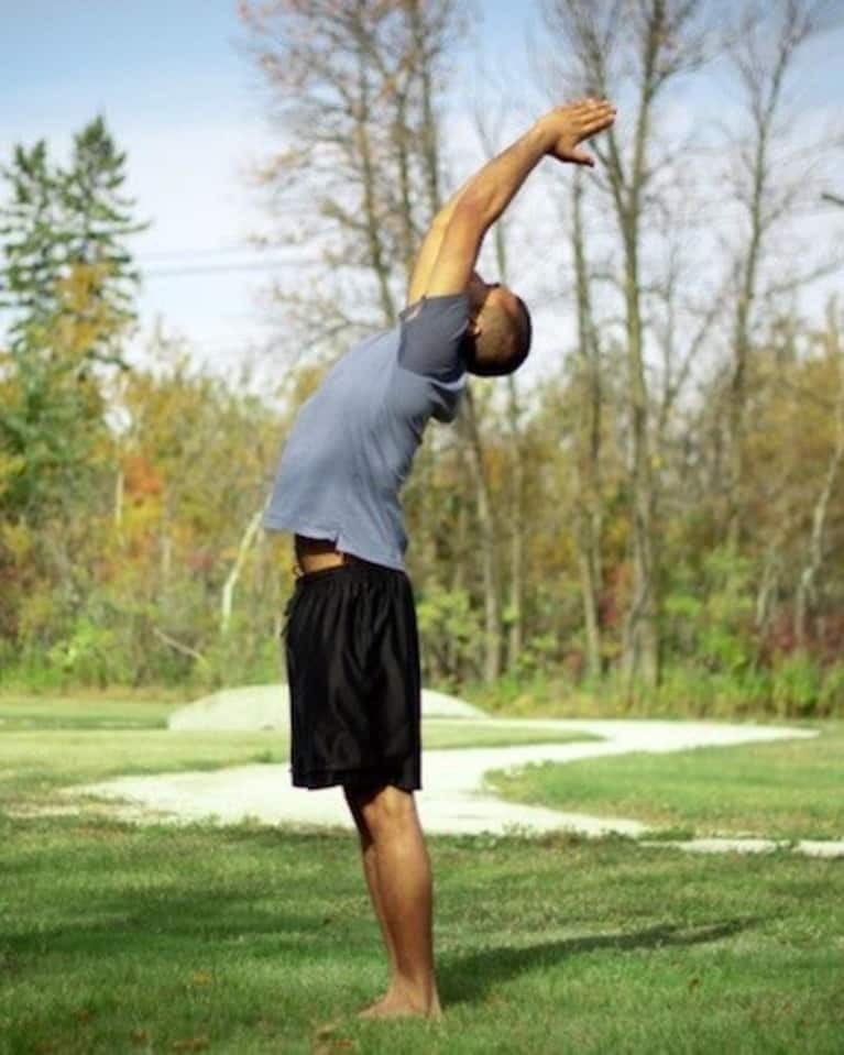 Looking For A Simple Yoga Sequence To Start Your Day? Try Sun Salutations!