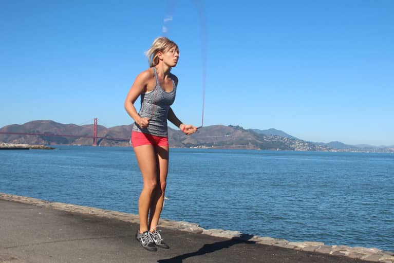 Get Fit In 12 Minutes With Your Body Weight & A Jump Rope