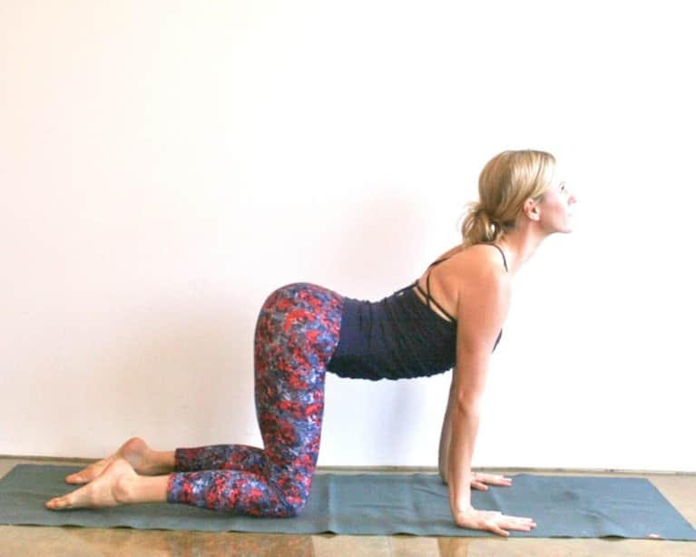 10-Minute Yoga Sequence To Feel Refreshed