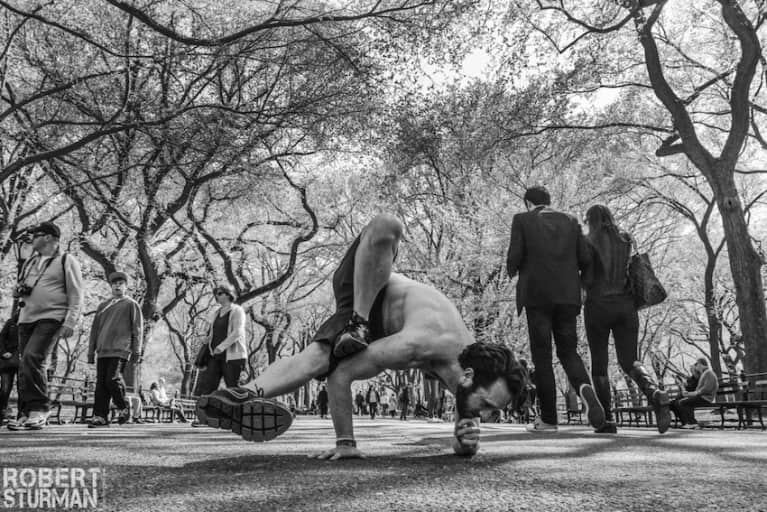 Yoga In The Heart Of New York City (Incredible Photos)