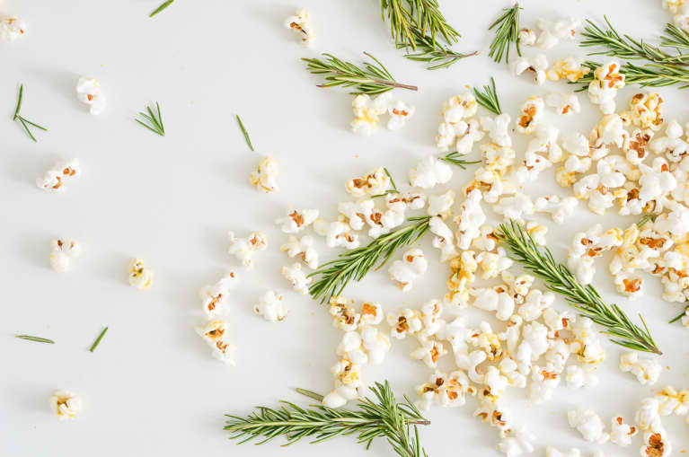And The Oscar Goes To...The Best Healthy Party Snacks On The Internet