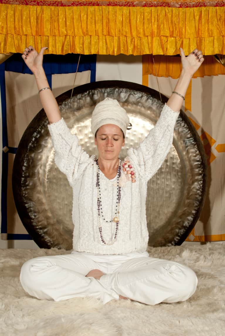 Try This Quick Kundalini Yoga Sequence From A West Coast Guru