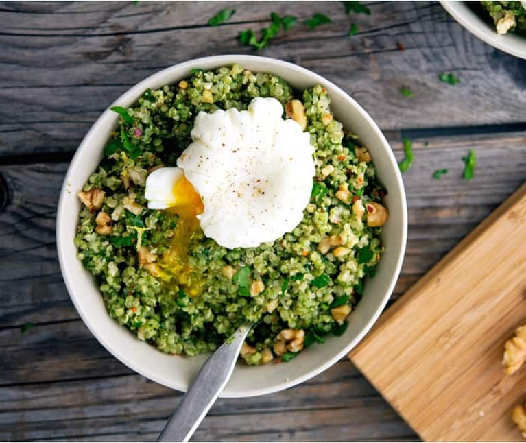 Quinoa, Kale + Pesto Breakfast Bowls