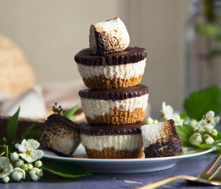 Creative Vegan Ways To Celebrate National S'Mores Day