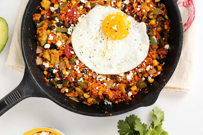 The 11 Best Healthy Cast-Iron Skillet Recipes On The Internet