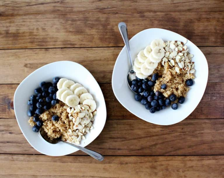 Superfood Quinoa Breakfast Bowls