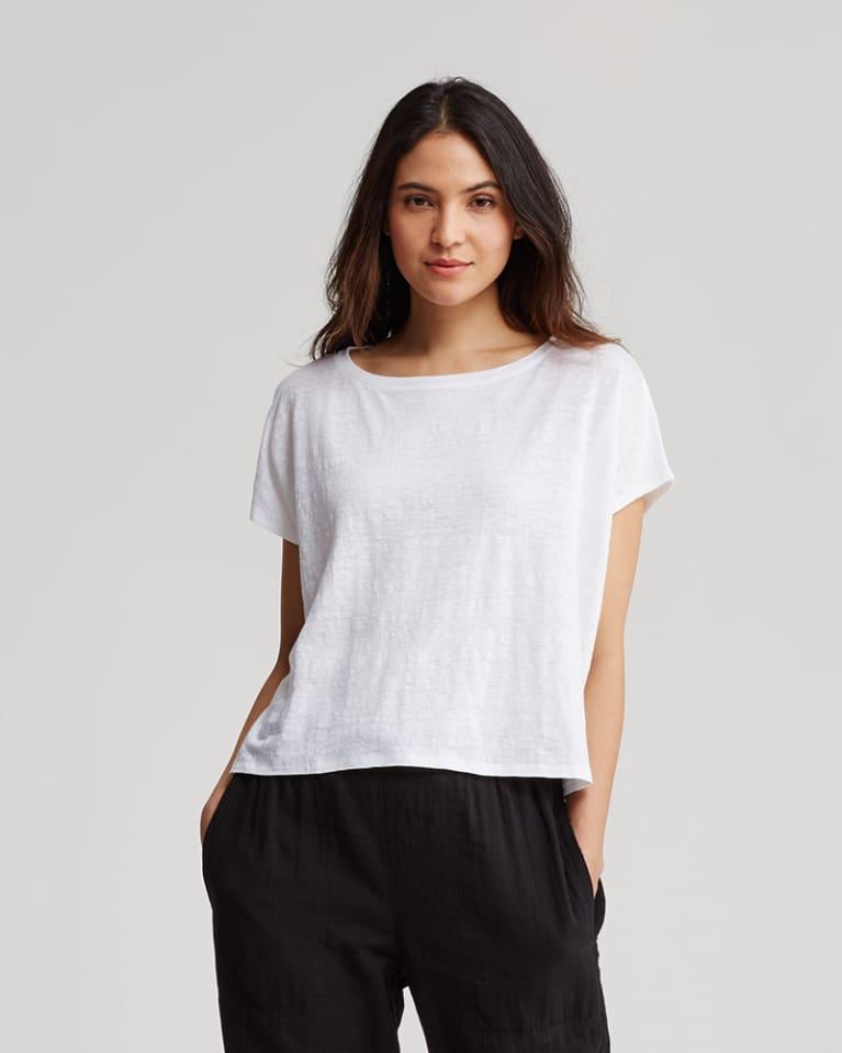Casual, Boyfriend, Sexy & More: 7 Perfect Eco-Friendly White T-Shirts
