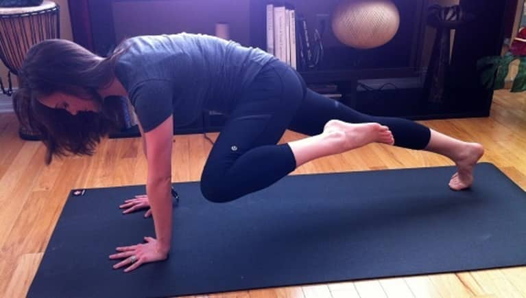 10 Minute Yoga & Pilates Abs Sequence for Home