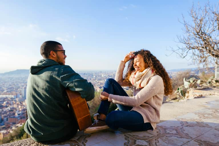 How To Connect For More Mindful Dating (Even Online!)