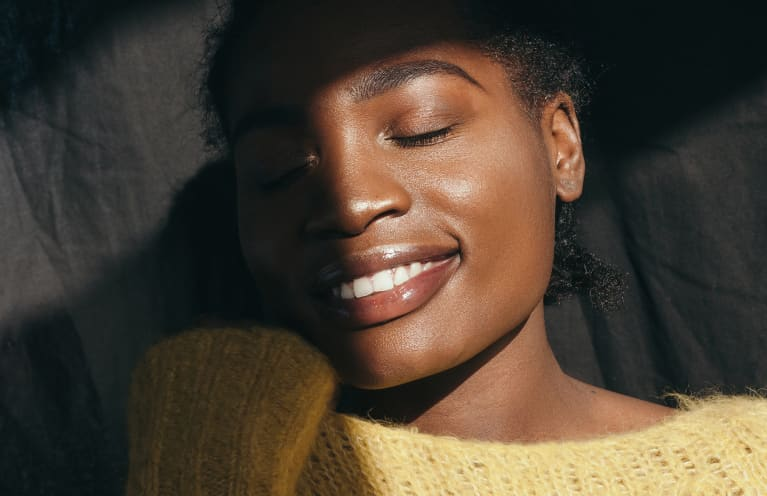 This Classic Beauty Product Is Like Having Golden Hour On Speed Dial