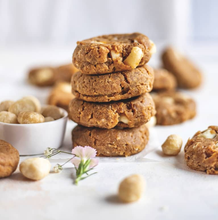 Quick & Easy Vegan Macadamia Nut Cookies