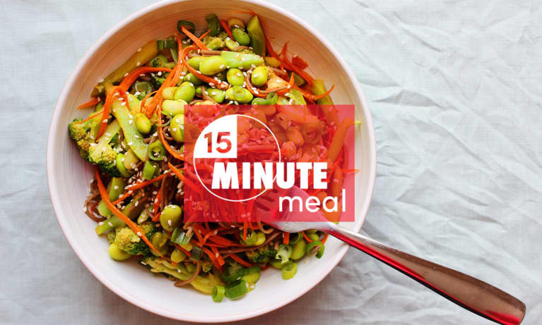 15-Minute Meal: Spicy Buckwheat Noodle Bowl