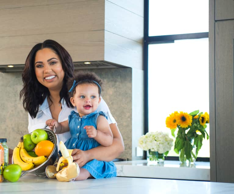 Ayesha Curry's 5 Tips for Eating Healthy On The Go