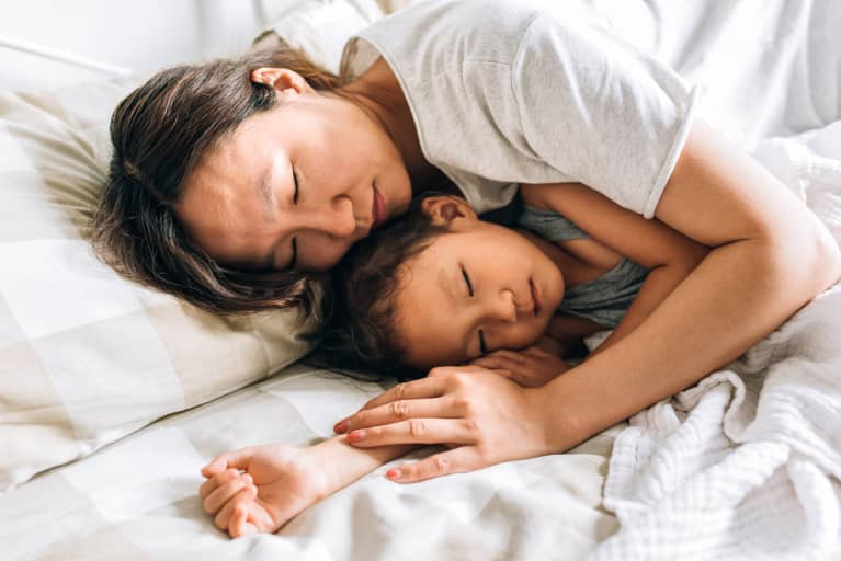 An Expert In Chinese Medicine Shares Her Top 9 Tips For Better Sleep