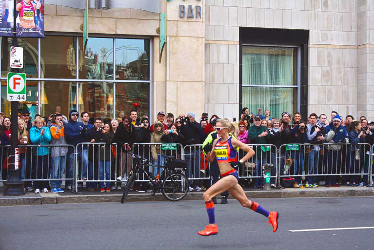 The Secret Force Behind Shalane Flanagan's Record-Breaking Marathon Win