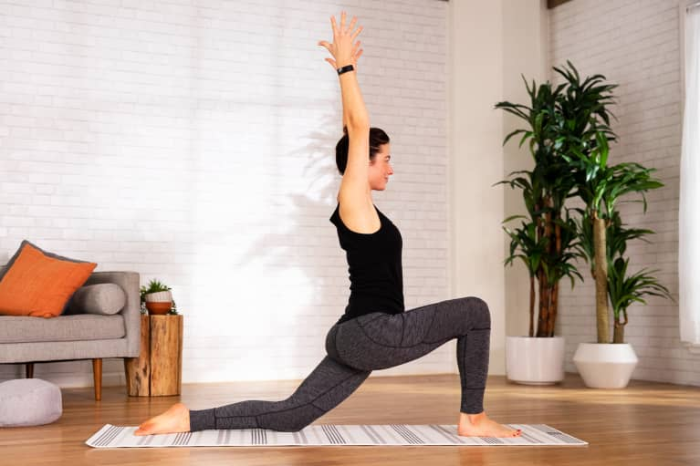 This 11-Minute Workout Will Stretch & Strengthen Your Entire Upper Body