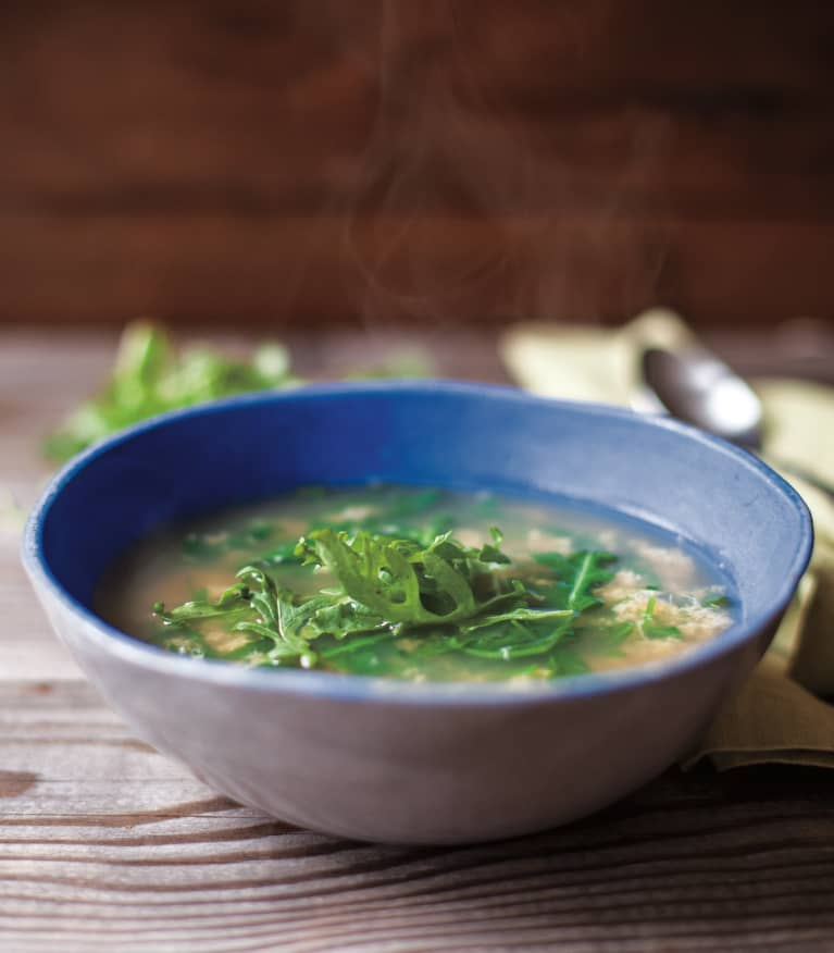 This 6-Ingredient Soup Is Nutrient Dense & Only Takes Minutes To Make