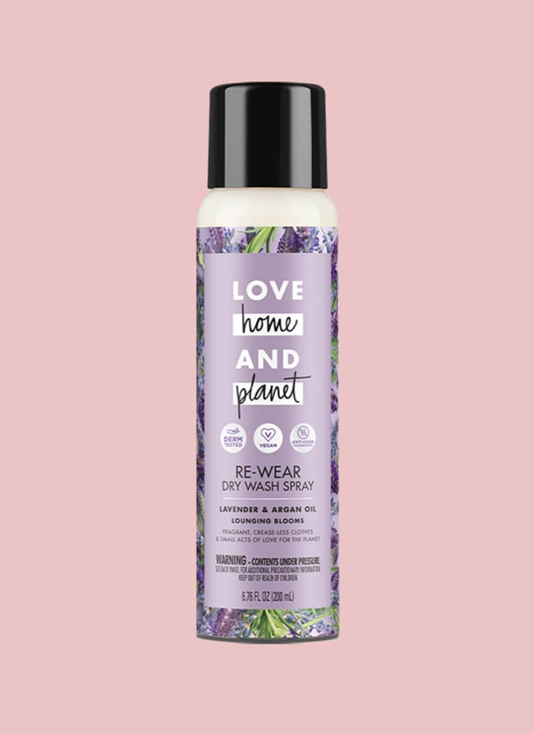 4. Re-Wear Dry Wash Spray, Love Home and Planet