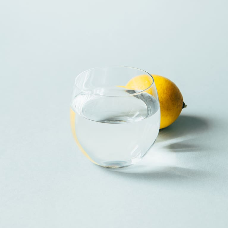 lemon glass of water