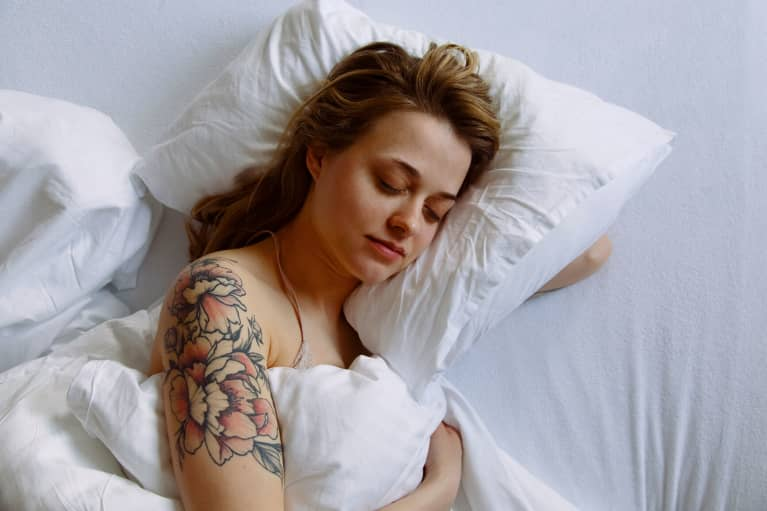 New Study Finds Deep Sleep Washes Your Brain & May Prevent Alzheimer's