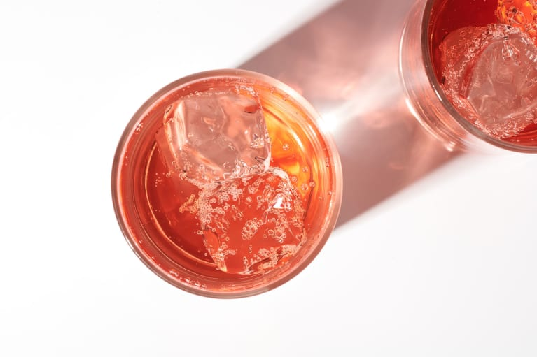 Sparkling Pink Cocktail / Fizzy Beverage