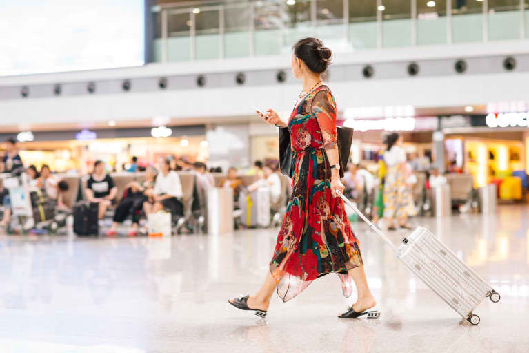 Holiday Travel Plans? The Wellness Items You Can Fly With + What To Leave Home
