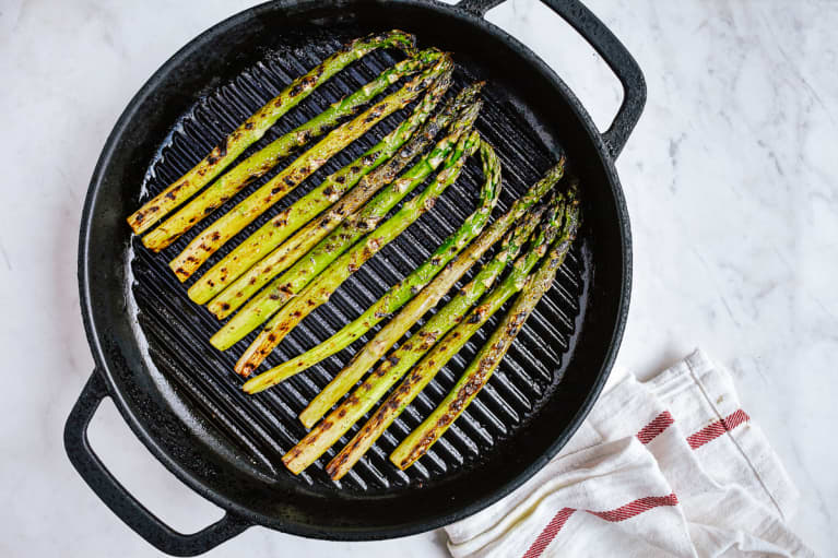 Grilled Asparagus in a Cast Iron Pan