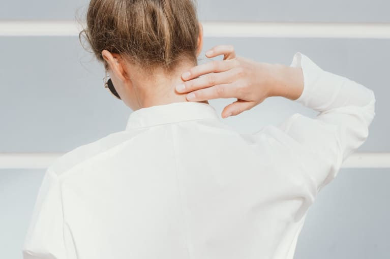 6 DIY Tips for Immediate Neck Pain Relief