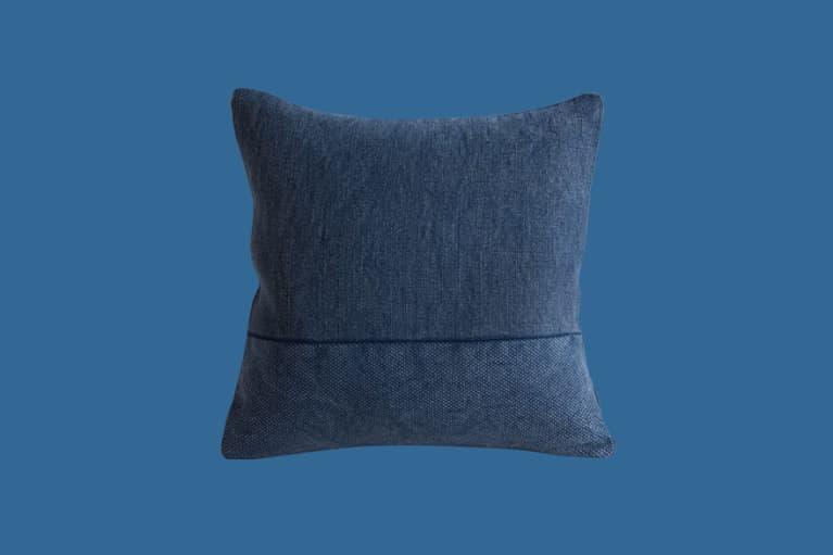 <p>Cotton Canvas Pillow Covers</p><p><br></p>