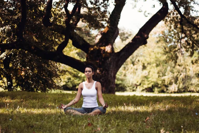 A 5-Minute Meditation To Leave You Feeling More Grounded