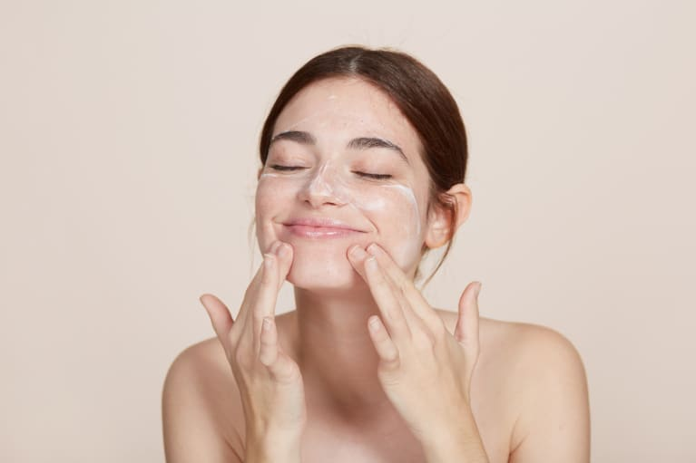 Enzymes vs Acids: Which Exfoliant Should You Use?