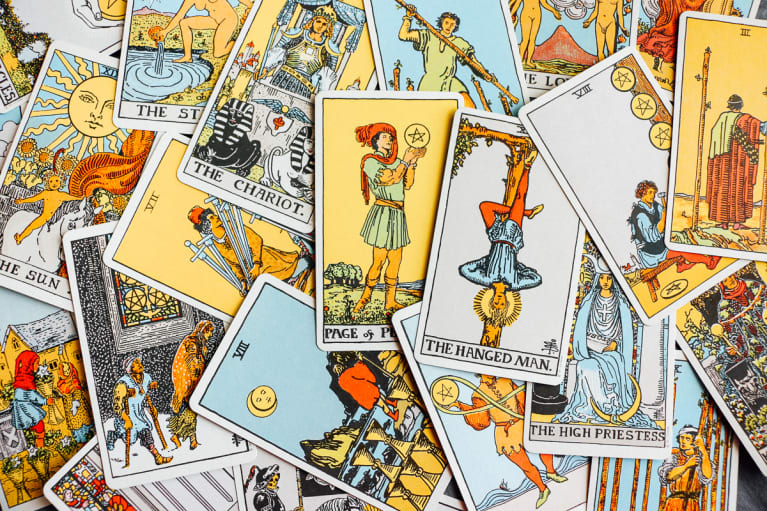Tarot Spreads For Navigating Change & Finishing Out The Year Strong