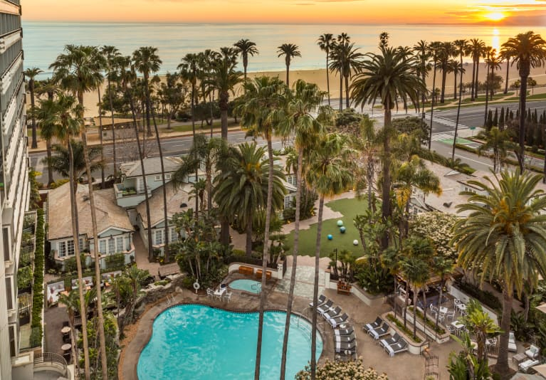 How To Have Your Best Self-Care Vacation In Santa Monica