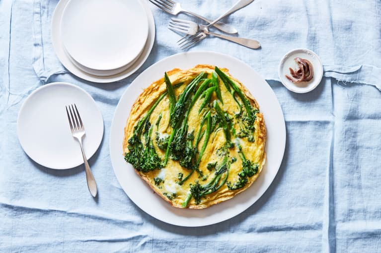 This Broccolini Frittata Has An Unexpected Anti-Inflammatory Ingredient