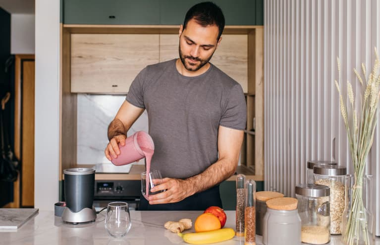 Should Men Take Collagen? We'll Let These 5 Expert-Backed Benefits Answer That