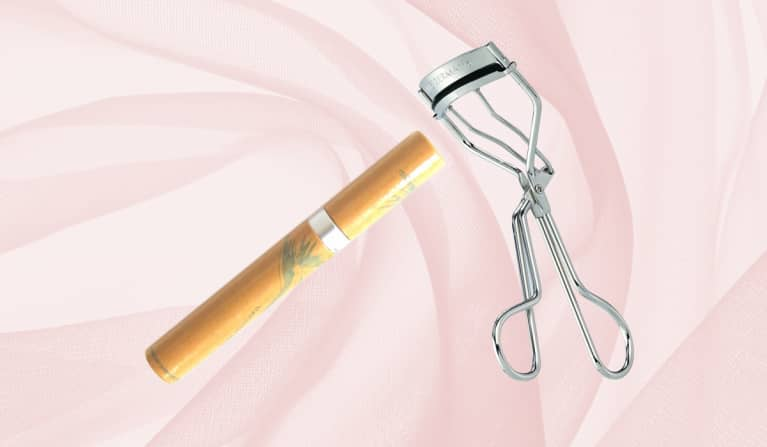 eyelash curler and natural mascara