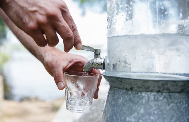 Hydration Rules: The 4 Facts & Myths You Need To Know About Water