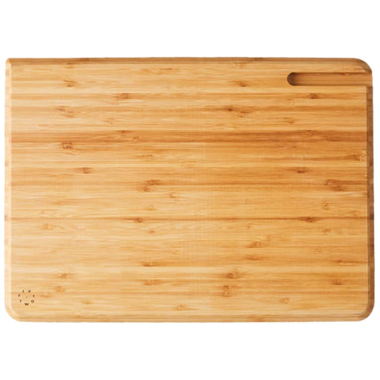 wood cutting board with drip pour