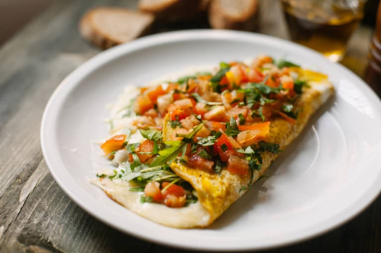 Omelet with Fresh Tomatoes, Parsley, and Arugula