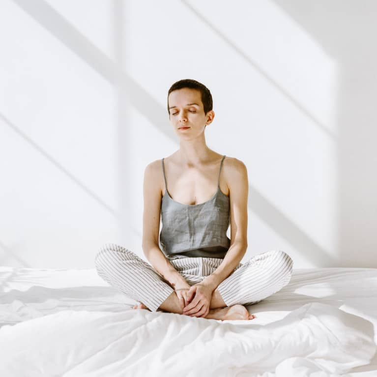 How Breathwork Can Help Ease Anxiety + 7 Routines To Start With